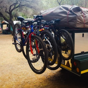 Bicycle rack (4 x bicycles)